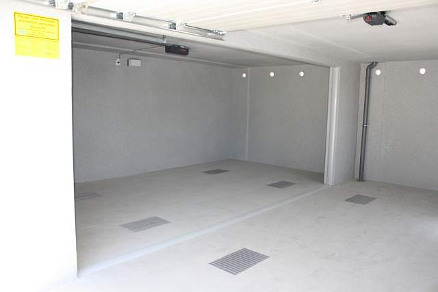 fertiggaragen aus beton alwe garagen. Black Bedroom Furniture Sets. Home Design Ideas
